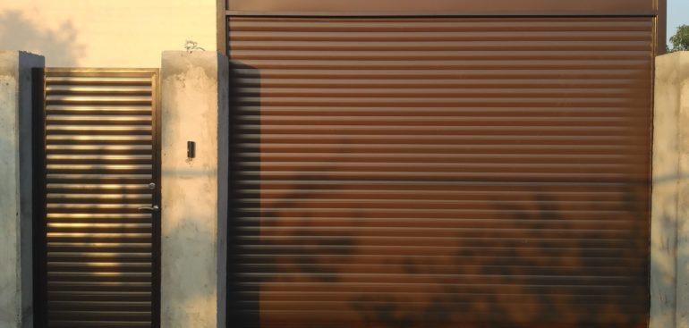 ролетни врати