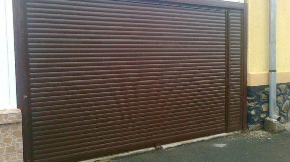 гаражна врата